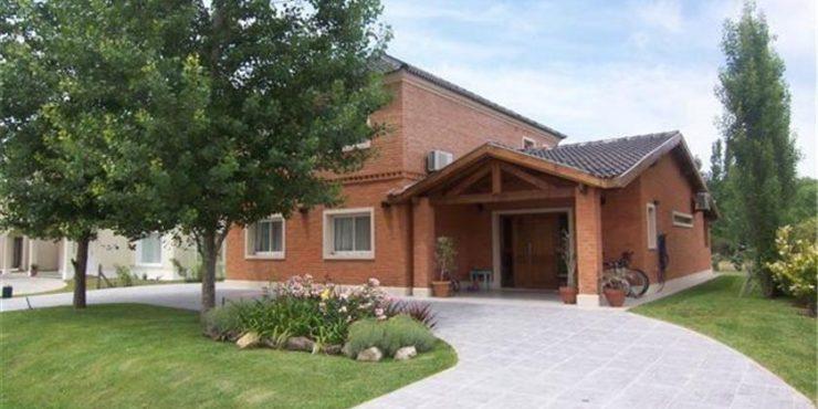 Casa en Venta – Campo Grande – Pilar